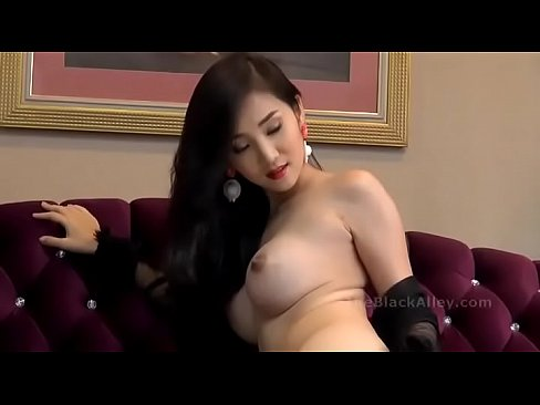 Free korean milf thumbs